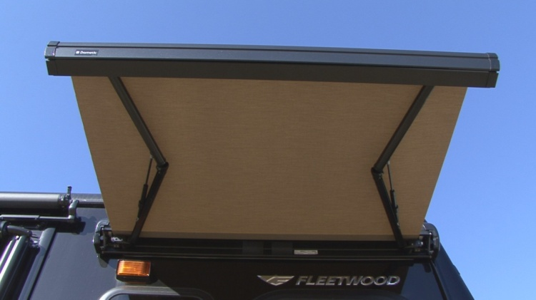 Rv 101 How To Keep Your Rv Awnings In Tip Top Shape Rv 101